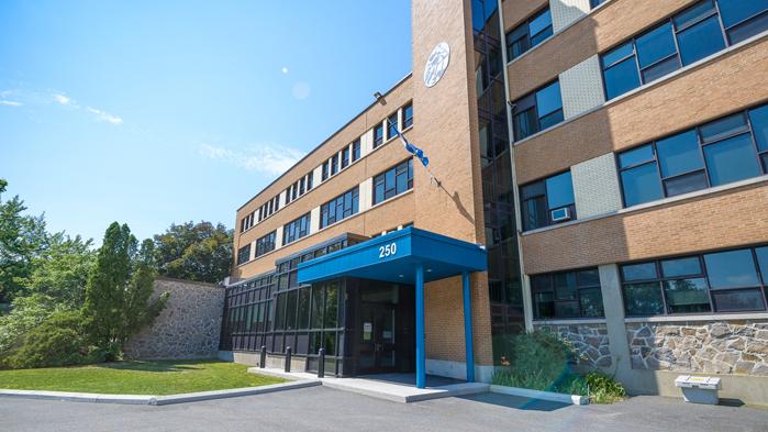 Vergo - Collège Nouvelles Frontières - Gatineau